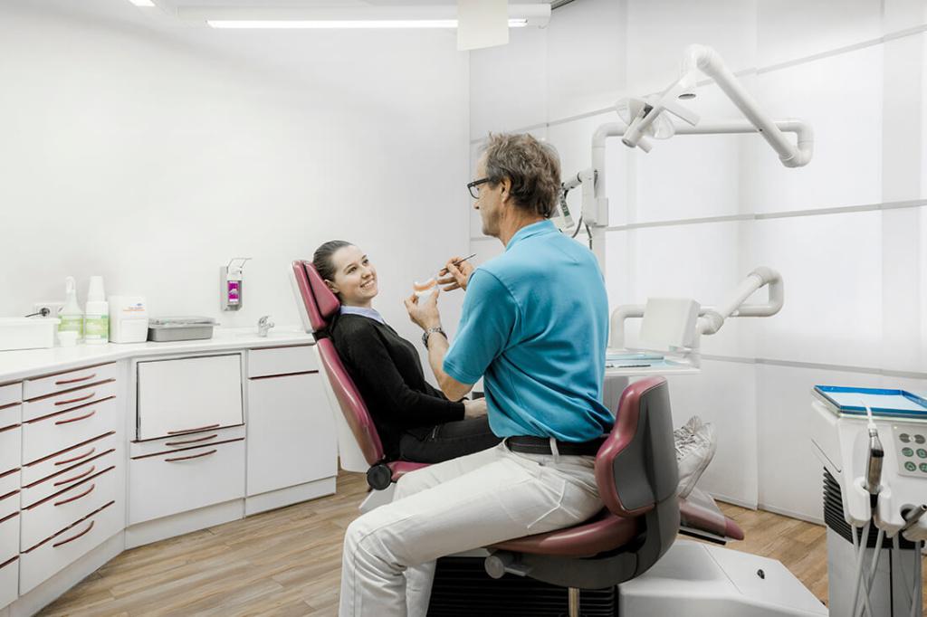Zahnarzt Düren - Penner - Leistungen - Beratung Zahnersatz