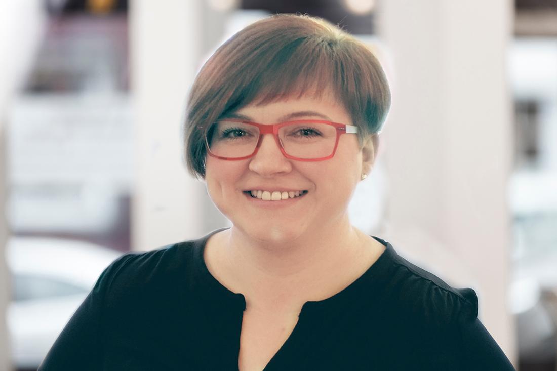 Zahnarzt Düren - Team - Portrait von Olga Thiessen